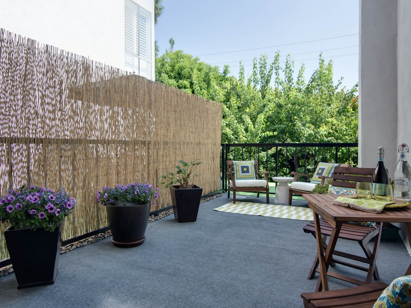 Condominium for Sale at 8530 Holloway Dr #218 West Hollywood, California 90069 United States