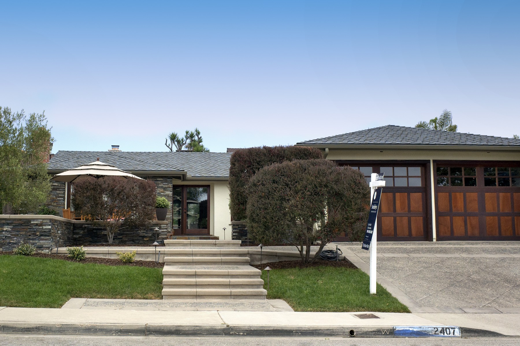 Single Family Home for Sale at 2407 Calle Monte Carlo San Clemente, California 92672 United States