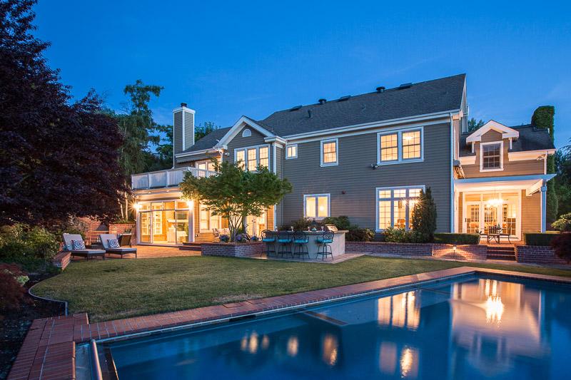 Single Family Home for Sale at Elegantly Inviting Hamptons Home! 2456 Alamo Glen Drive Alamo, California, 94507 United States