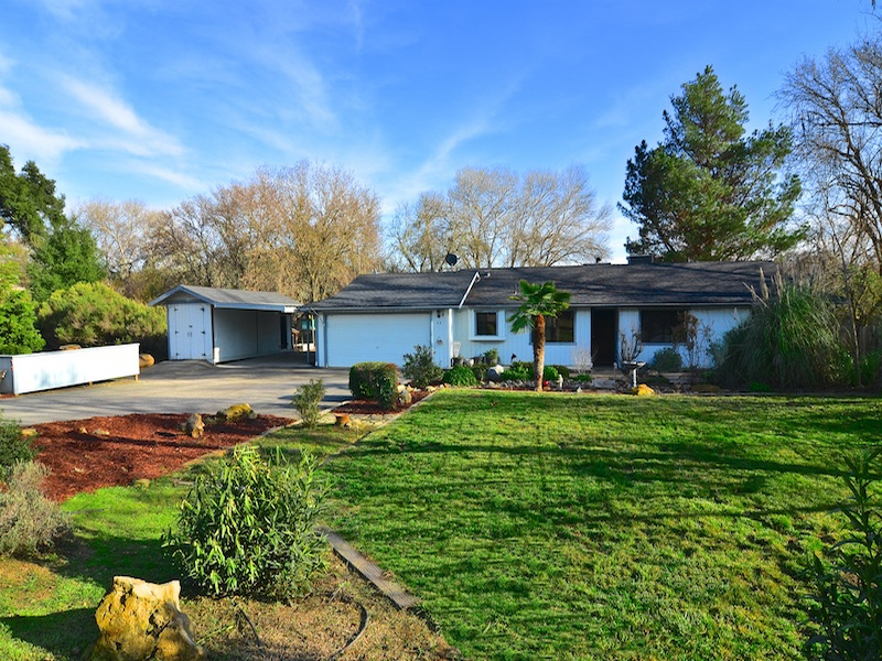 Casa Unifamiliar por un Venta en Perfect Riverfront Templeton Home 24 8th Street Templeton, California CA Estados Unidos