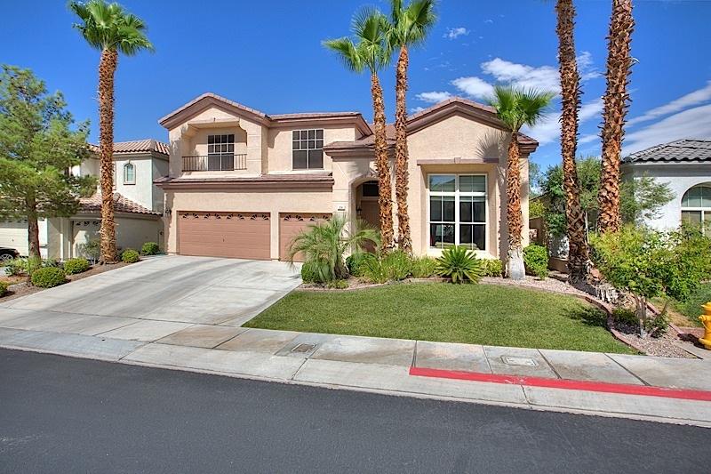 Nhà ở một gia đình vì Bán tại 94 Tamarron Cliffs St Las Vegas, Nevada 89148 Hoa Kỳ