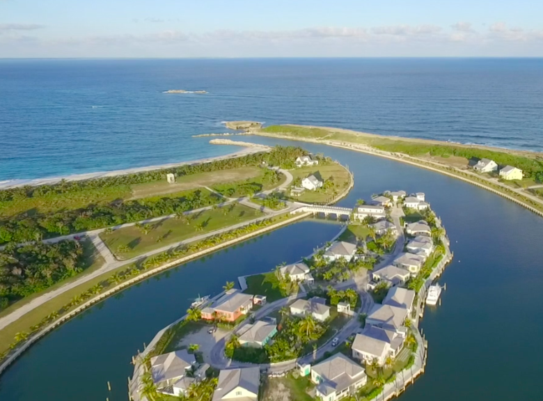 Terreno por un Venta en Lots U9 & U10 - The Island at Schooner Bay Village Schooner Bay, Abaco Bahamas