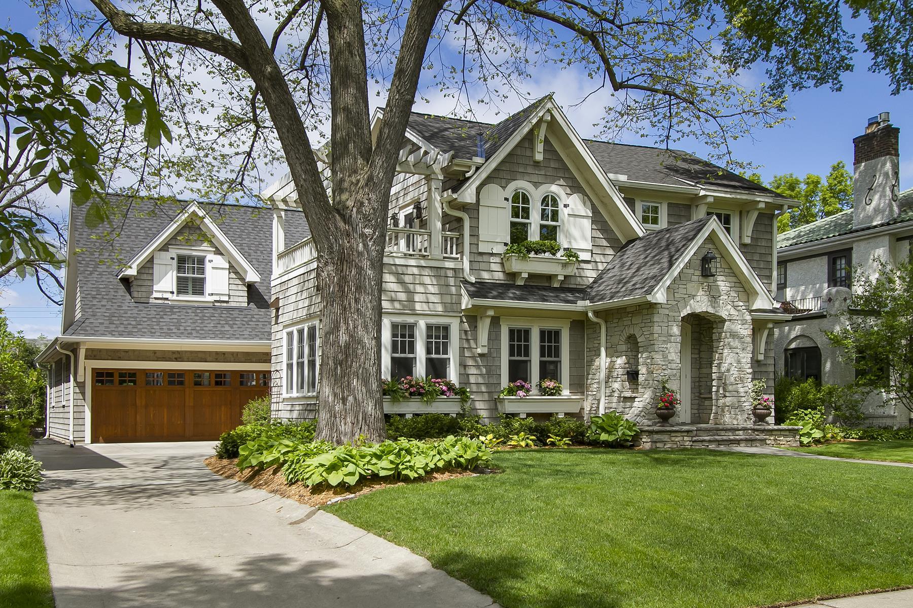 Villa per Vendita alle ore 4512 Drexel Avenue Edina, Minnesota, 55424 Stati Uniti