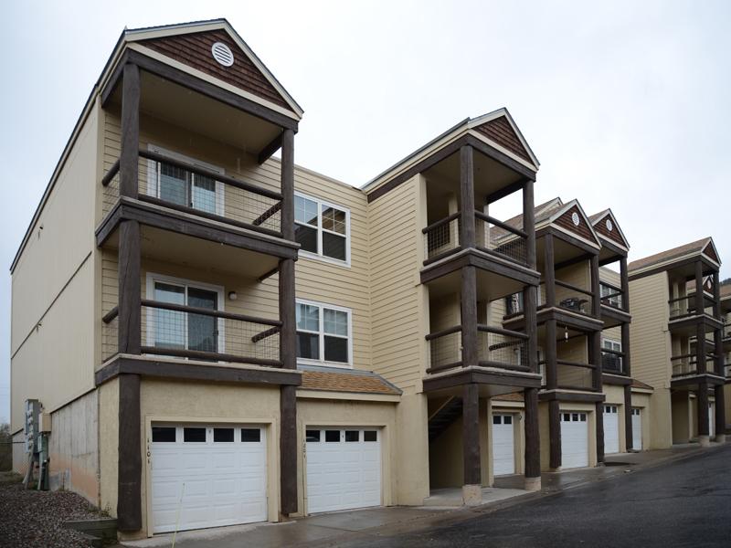 Duplex pour l Vente à One Level Duplex in Glenwood Springs 1101 Sunset Ridge Court Glenwood Springs, Colorado 81601 États-Unis