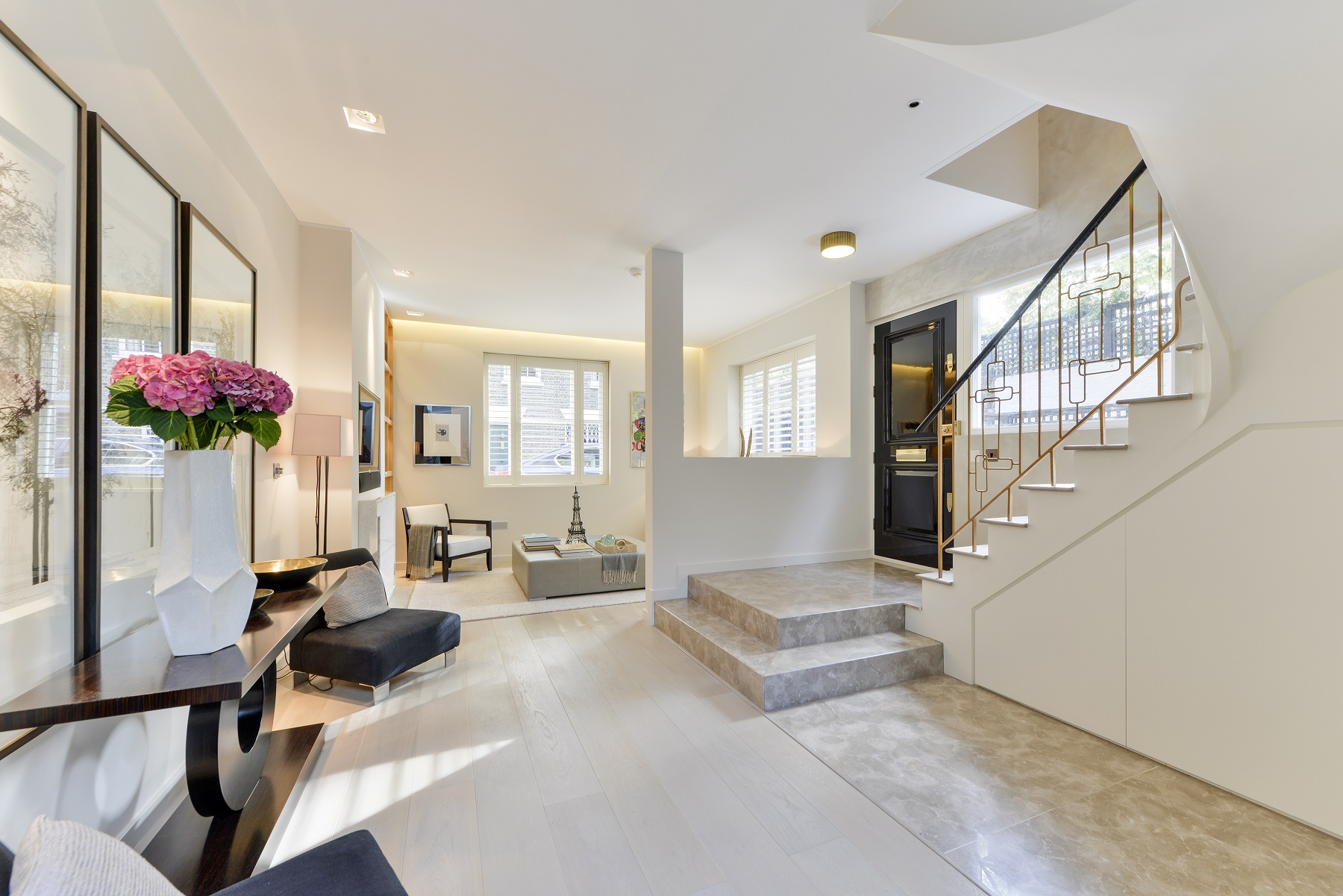 Single Family Home for Sale at Kensington Church Walk London, England, United Kingdom