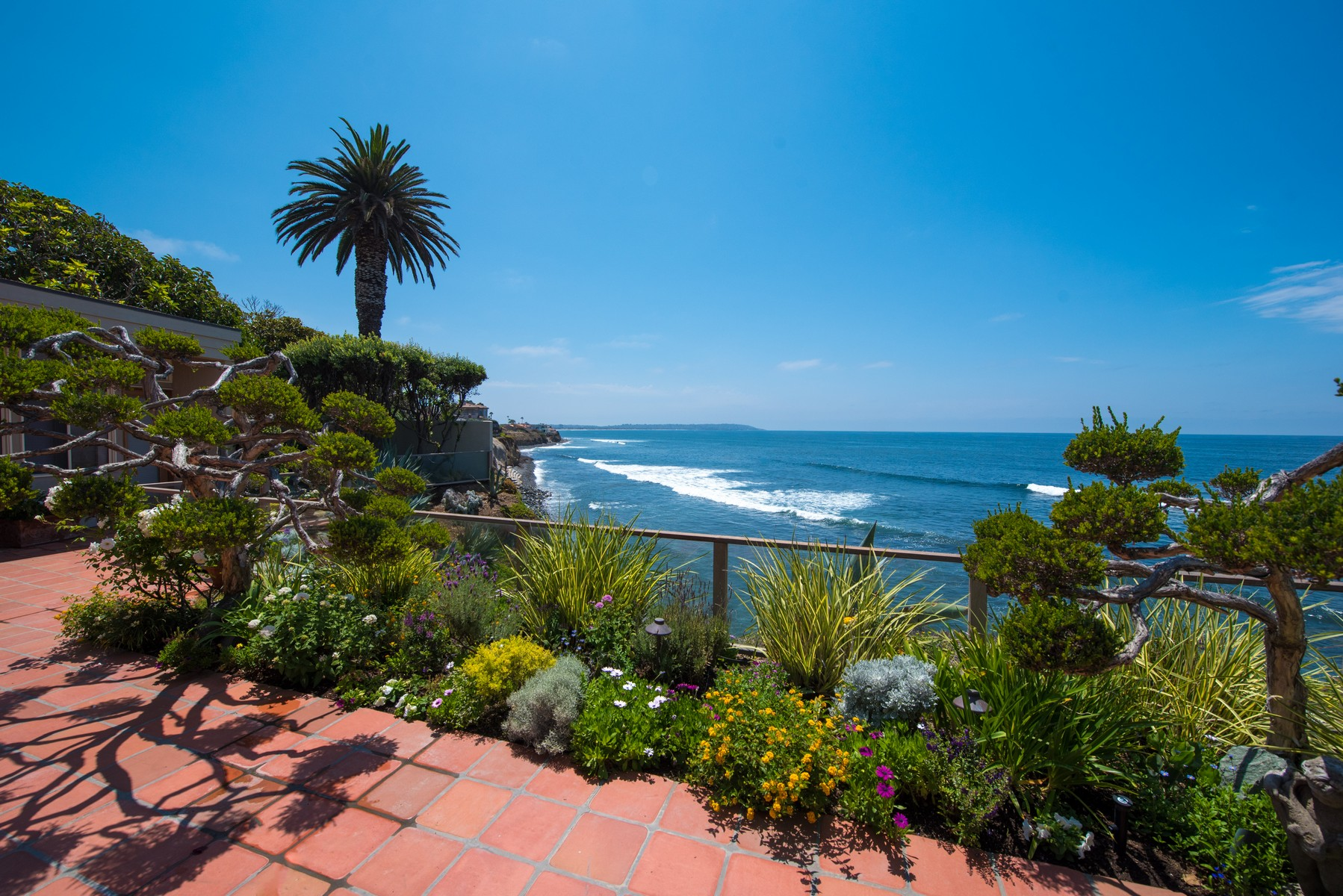 Additional photo for property listing at 310 Forward Street  La Jolla, California 92037 Estados Unidos