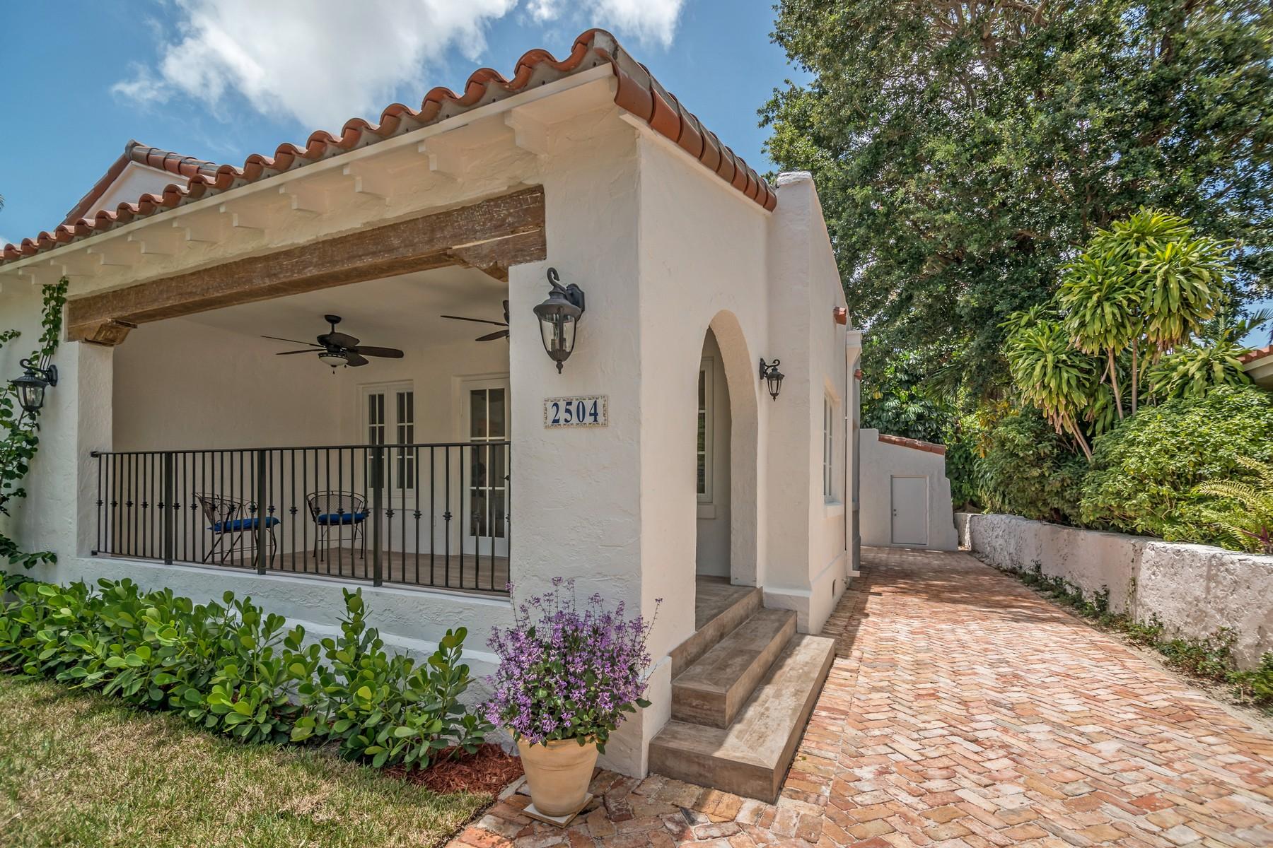 단독 가정 주택 용 매매 에 2504 Madrid St Coral Gables, 플로리다 33134 미국