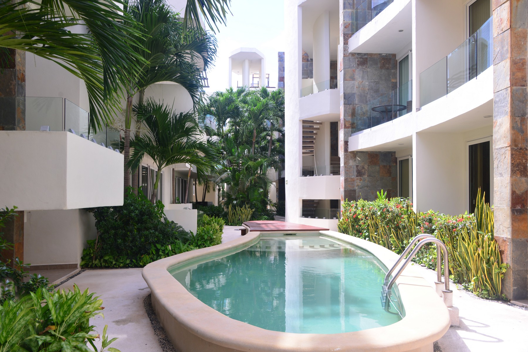 Apartment for Sale at MAMITAS LUXURY CONDO Mamitas Luxury Condo Av. Cozumel entre calle 28 norte y calle 32 Playa Del Carmen, Quintana Roo 77710 Mexico