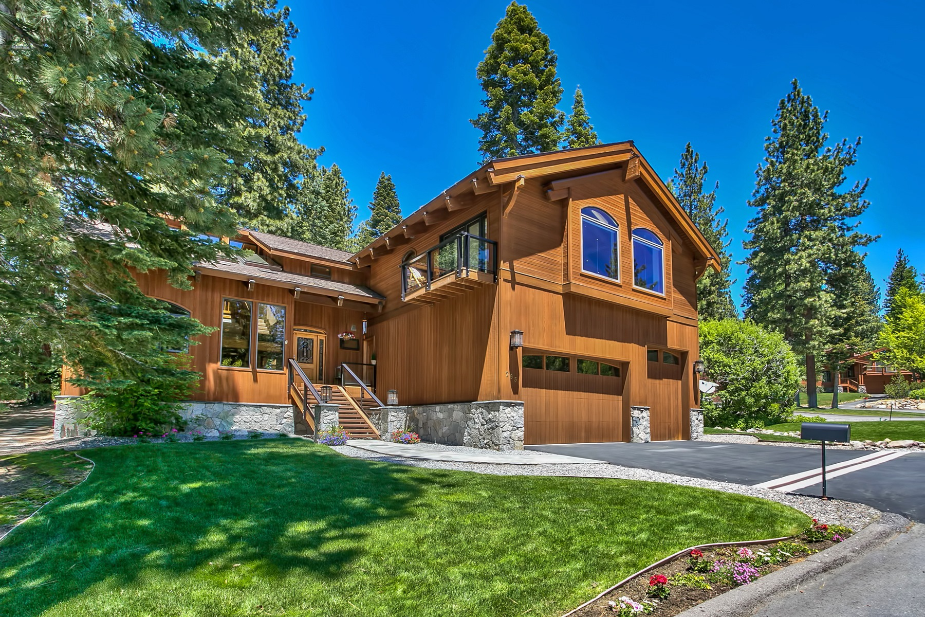 Maison unifamiliale pour l Vente à 795 Golfers Pass Road Incline Village, Nevada, 89451 Lake Tahoe, États-Unis