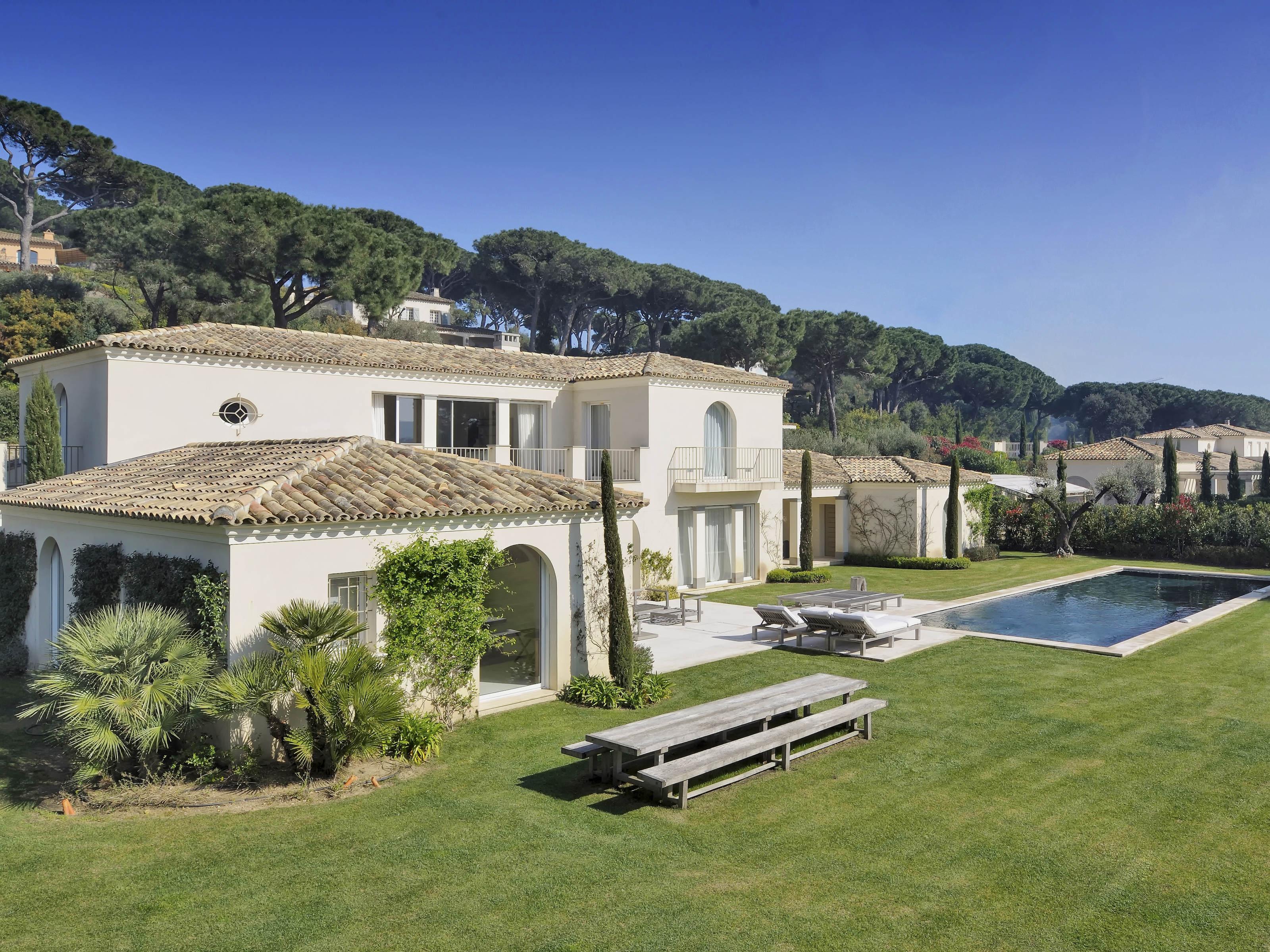 Single Family Home for Sale at Charming modern villa in Saint-Tropez Saint Tropez, Provence-Alpes-Cote D'Azur 83990 France