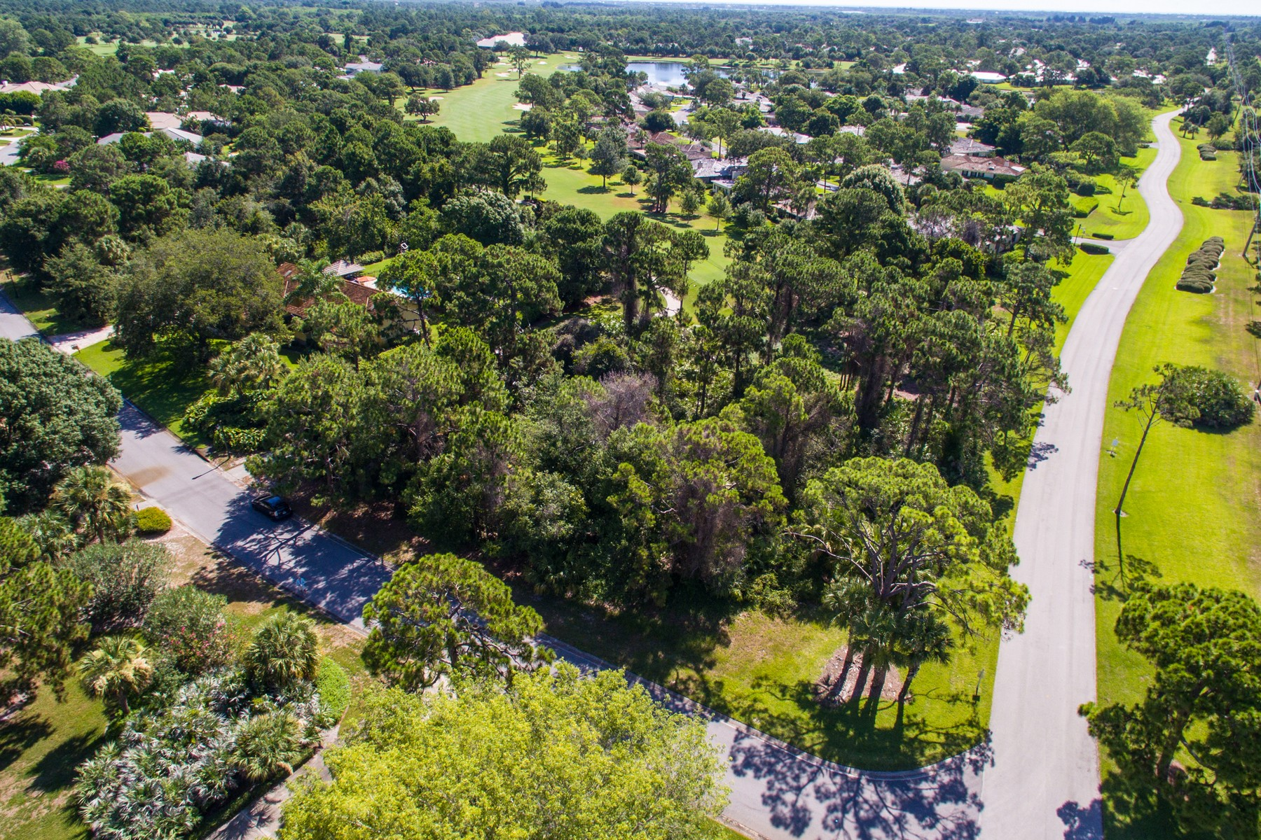 Đất đai vì Bán tại Captivating corner lot on Golf Course 5700 Glen Eagle Lane Vero Beach, Florida 32967 Hoa Kỳ