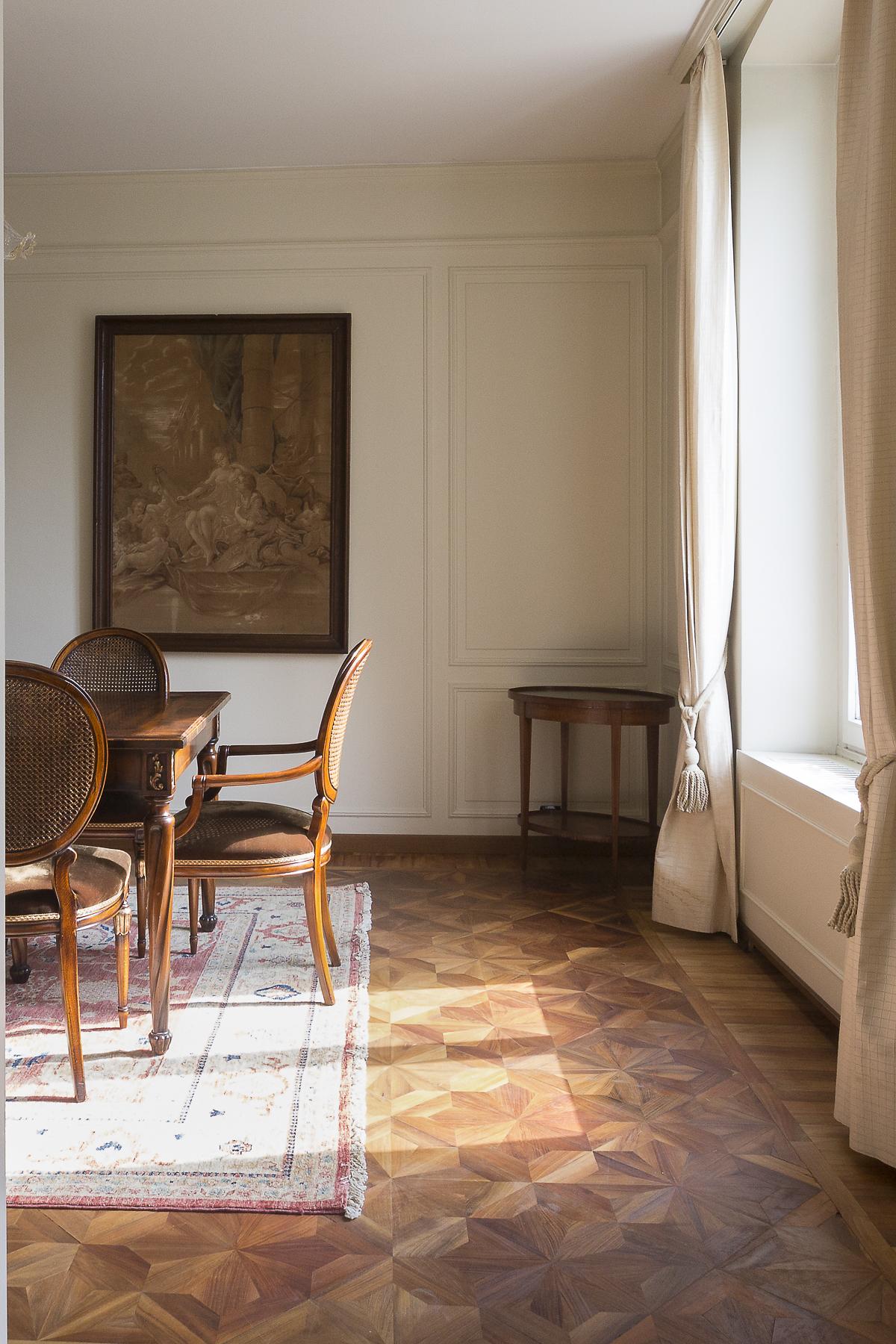 Additional photo for property listing at Prestigious apartament in elegant historical building Corso Sempione Milano, Milan 20145 Italie