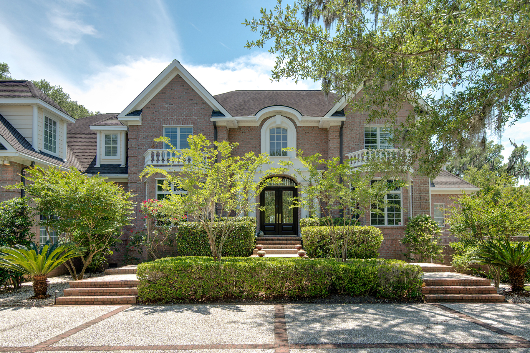 Single Family Home for Sale at Waterfront Lowcountry Estate 4915 Pointe Pleasant Lane Charleston, South Carolina, 29449 United States