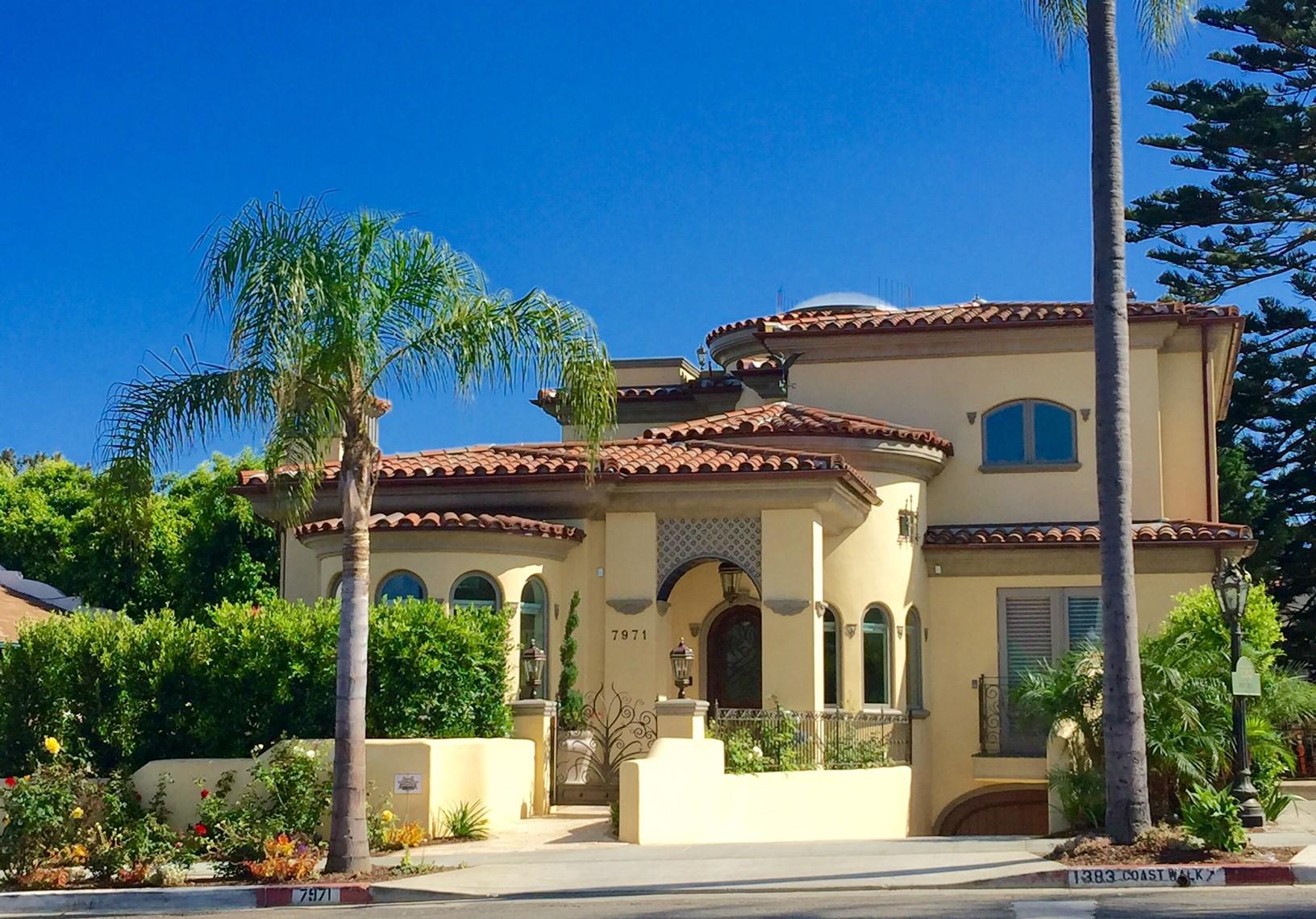 Moradia para Venda às 7971 Prospect Place La Jolla, Califórnia, 92037 Estados Unidos
