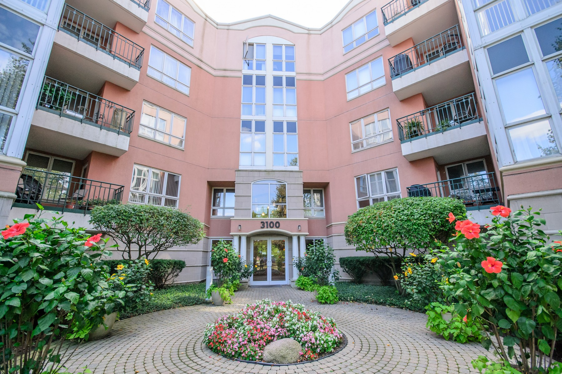 Property For Sale at Incredible Glenview Condo