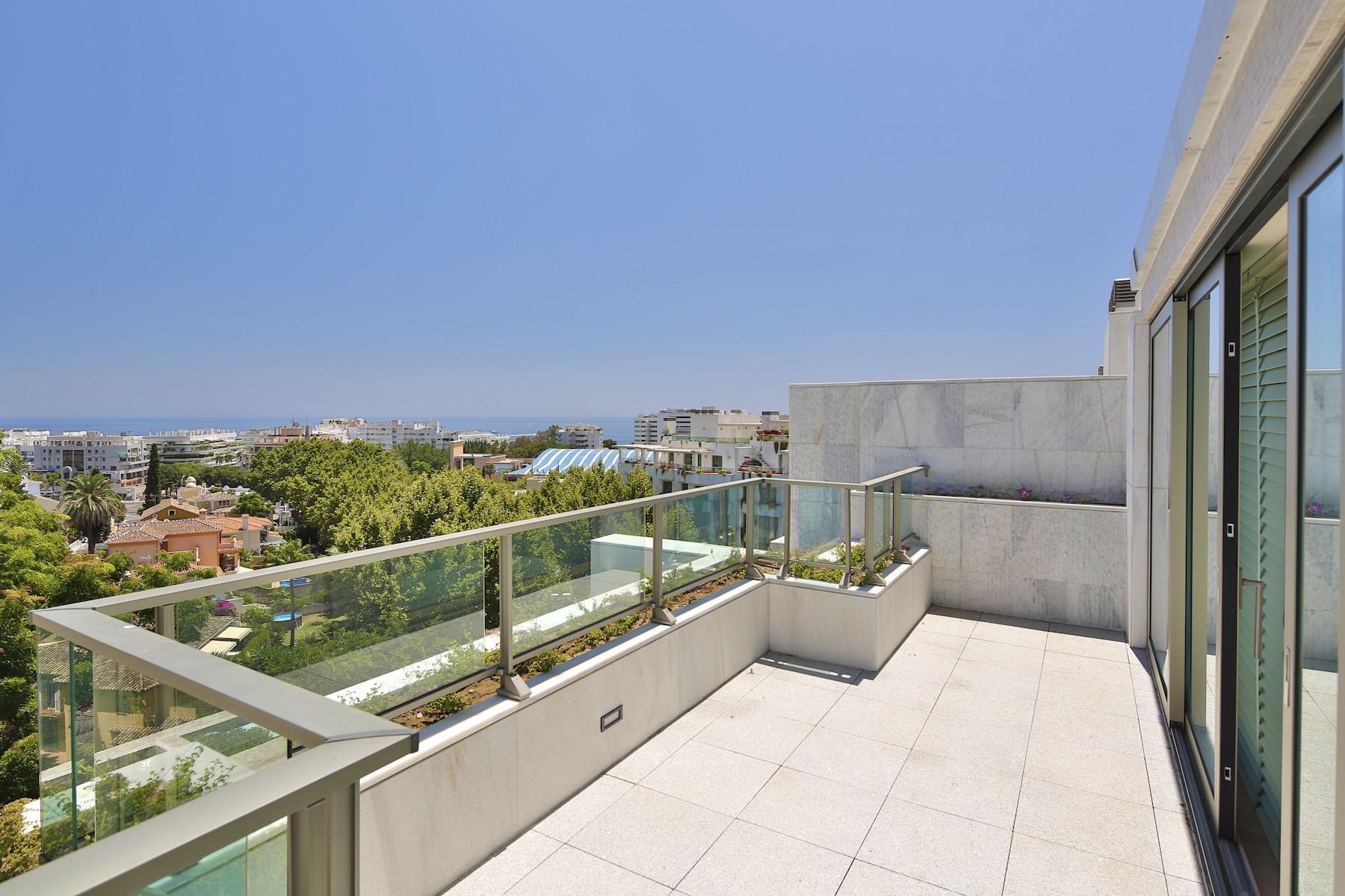 Loft/Duplex pour l Vente à Duplex-Penthouse in Marbella Marbella, Costa Del Sol, 29600 Espagne