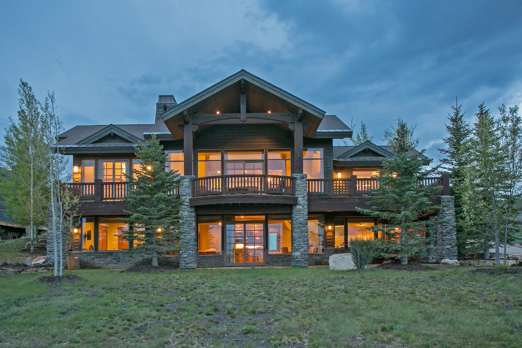 Maison unifamiliale pour l Vente à Beautiful Signal Hill Home 3280 E Westview Trail Park City, Utah 84098 États-Unis
