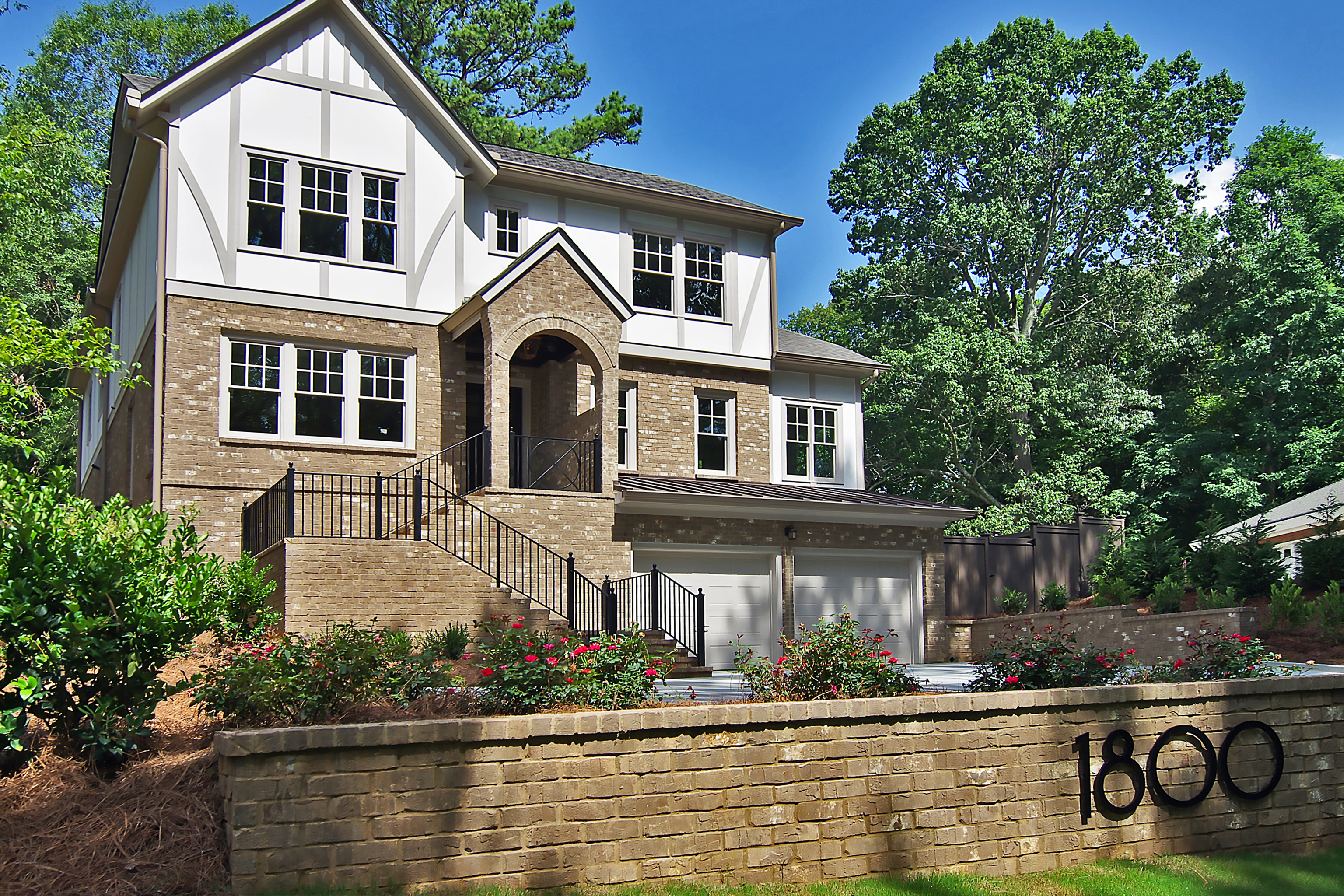 Single Family Home for Sale at Stunning 5/4/1 quality new construction in Morningside by Phillip Pettis. 1800 Lenox Road Morningside, Atlanta, Georgia 30306 United States