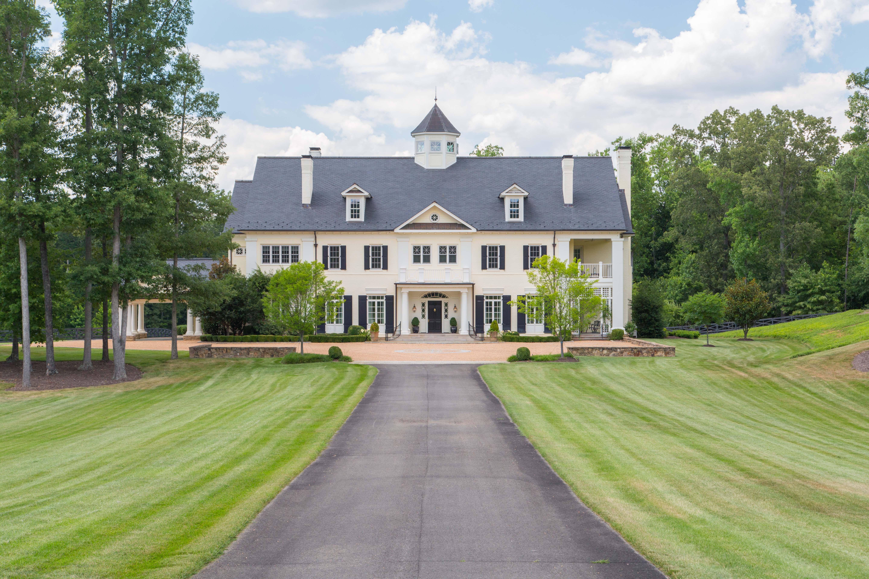 단독 가정 주택 용 매매 에 Dalmore Farm 2100 DALMORE LN Midlothian, 버지니아, 23113 미국