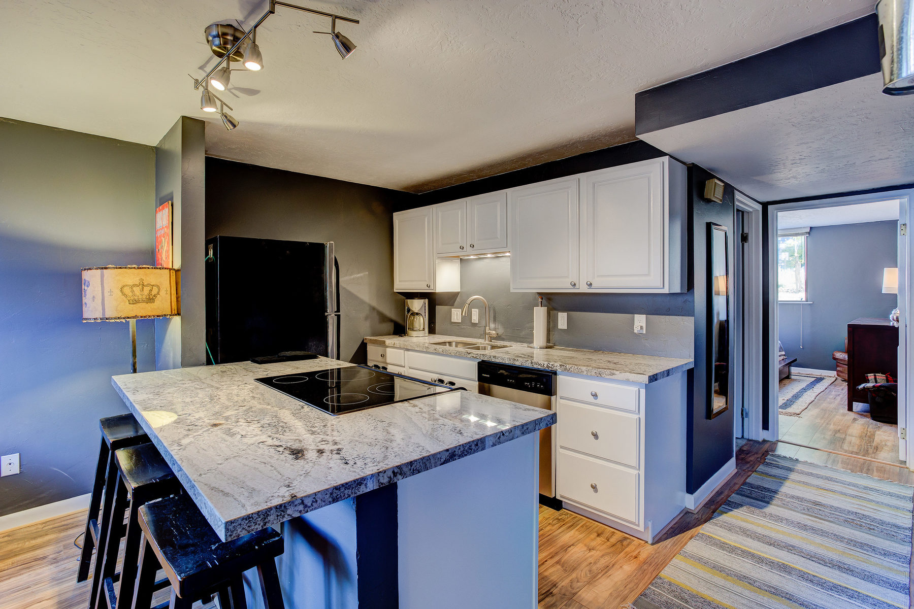 Condominium for Sale at Delightful Snow Country Condo with Resort Views 1150 Deer Valley Dr #1046 Park City, Utah, 84060 United States