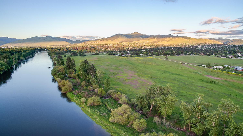 土地 为 销售 在 5080 Old Bitterroot Road 米苏拉, 蒙大拿州, 59803 美国