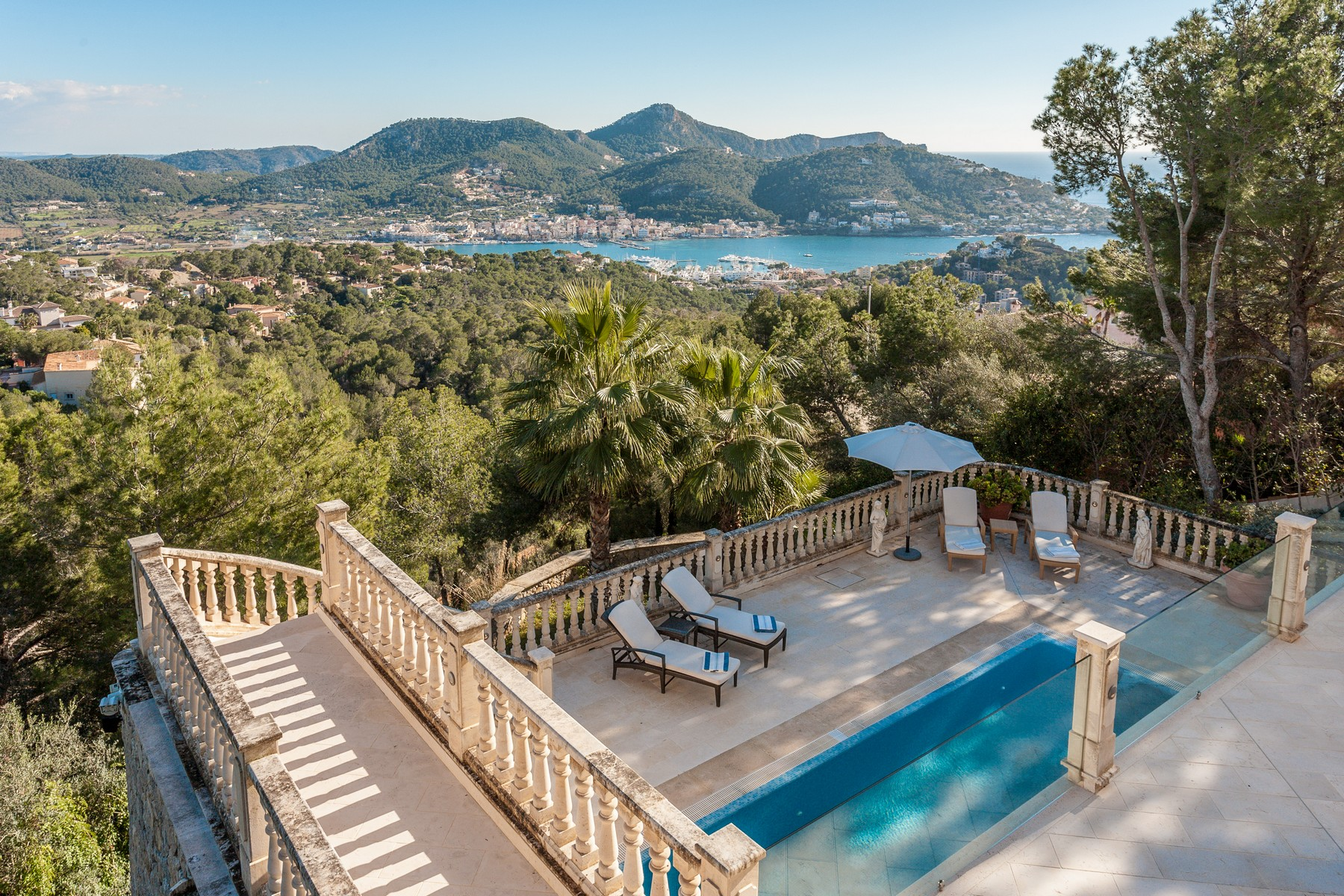 Casa Unifamiliar por un Venta en Villa in Mon Port with unbeatable views Port Andratx, Mallorca 07157 España