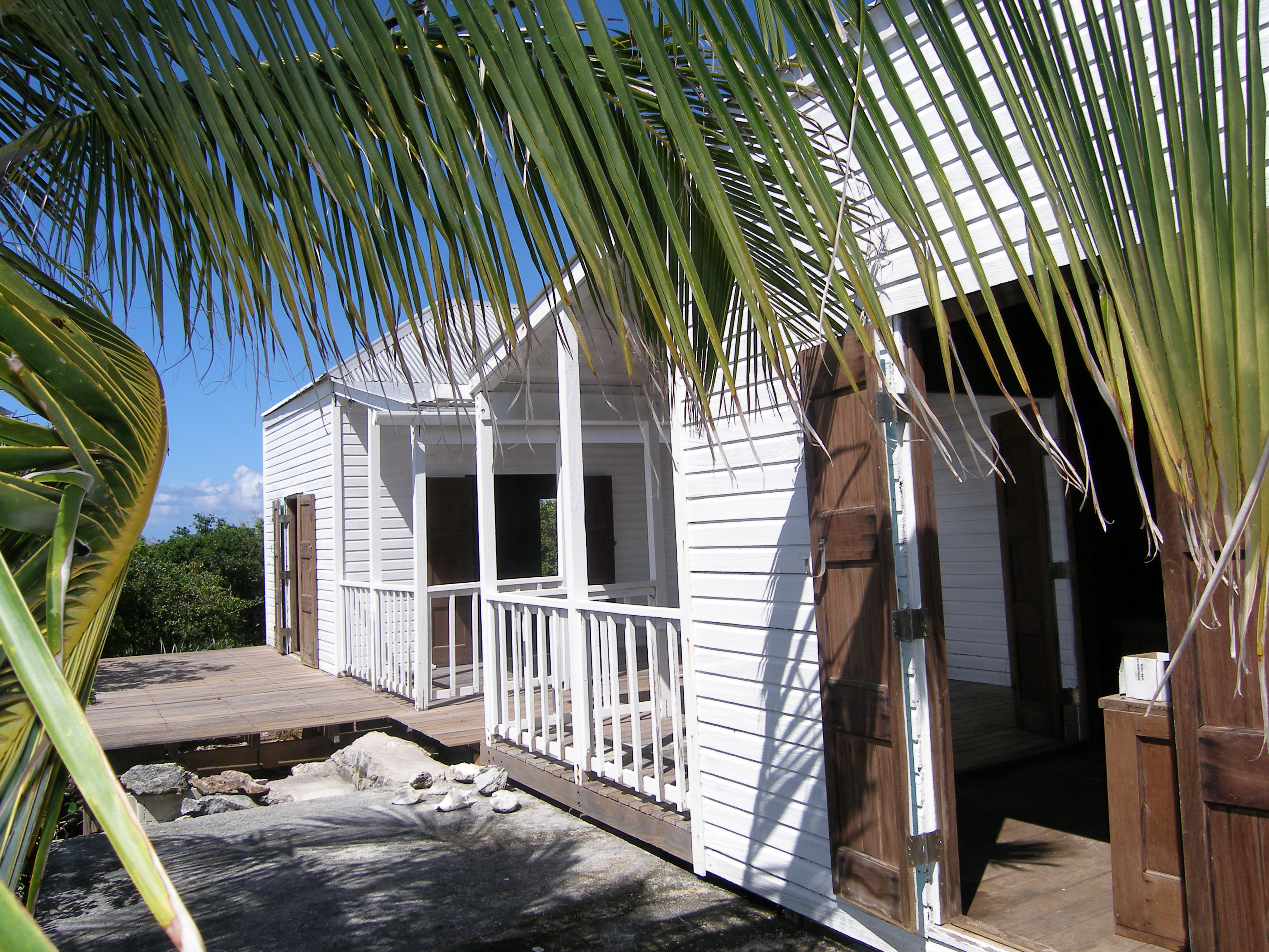 Single Family Home for Sale at Value Priced Pods Rainbow Bay, Eleuthera Bahamas