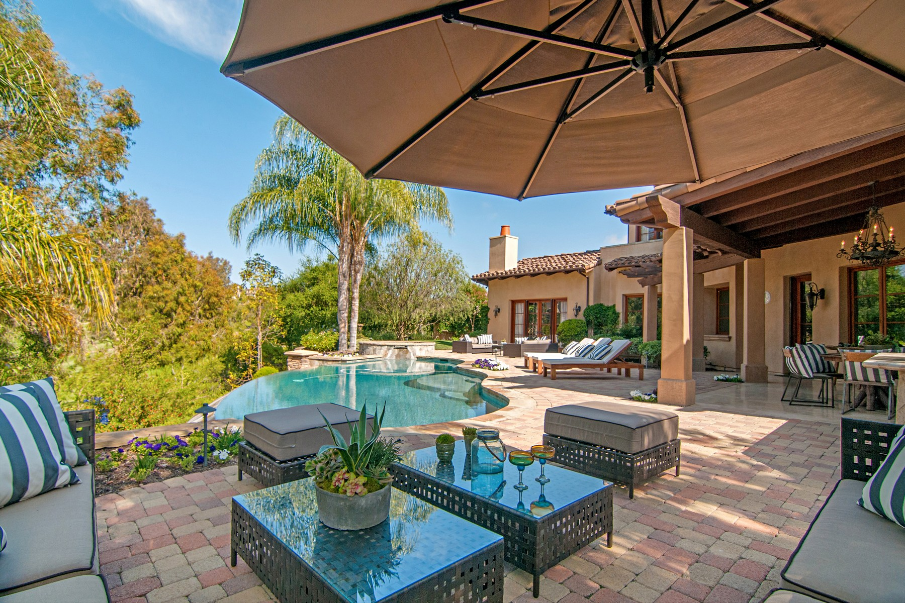 Additional photo for property listing at 7758 - 7760 Road To Zanzibar  Rancho Santa Fe, Калифорния 92127 Соединенные Штаты