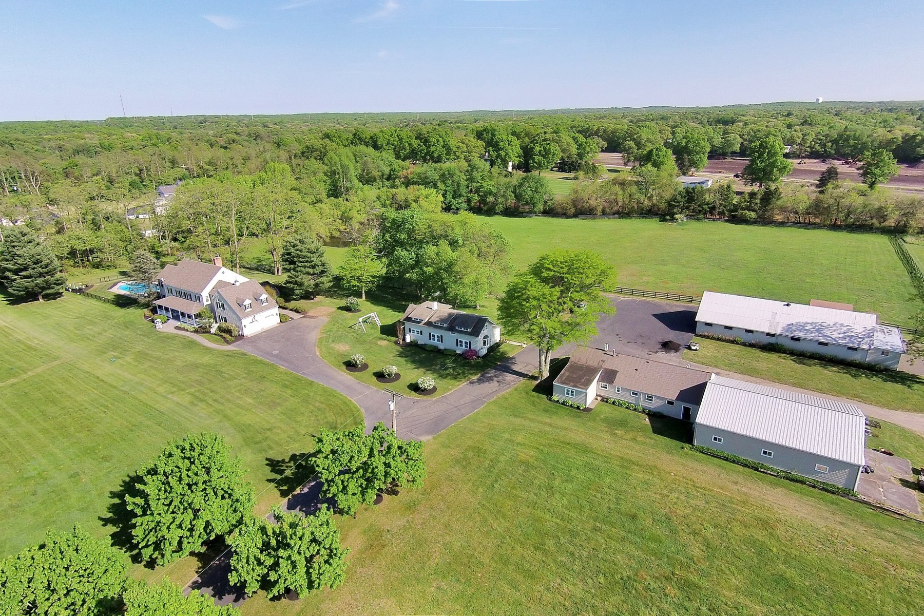 Villa per Vendita alle ore Brookside Farm 148 Hockhockson Road Colts Neck, New Jersey, 07722 Stati Uniti