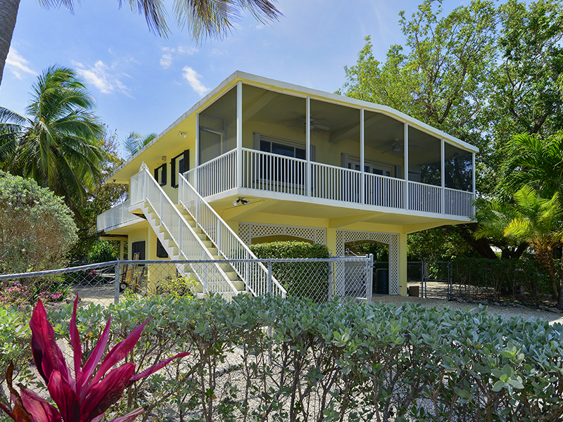 Casa Unifamiliar por un Venta en Canal Home on 125' Parcel 126 Long Ben Drive Key Largo, Florida, 33037 Estados Unidos