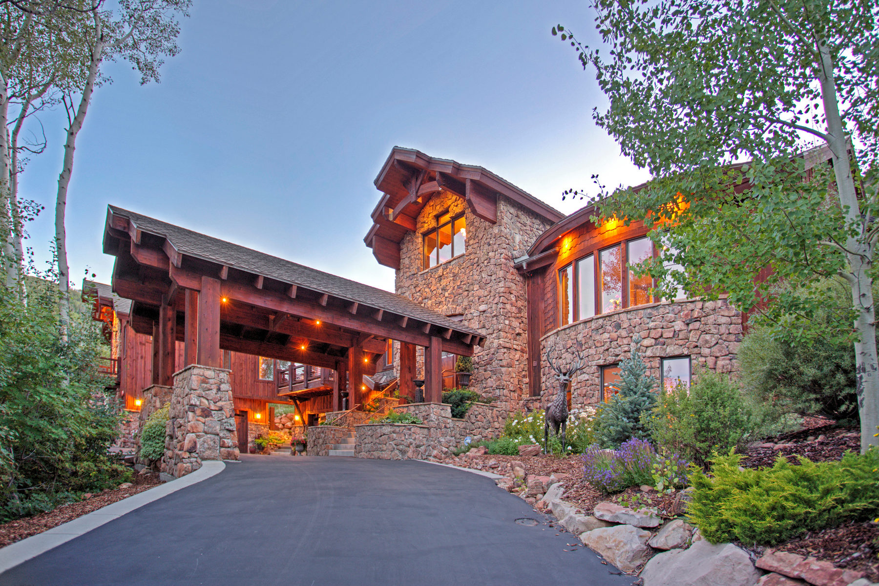 Single Family Home for Sale at Extraordinary Mountain Design 4820 Bear View Dr Park City, Utah 84098 United States