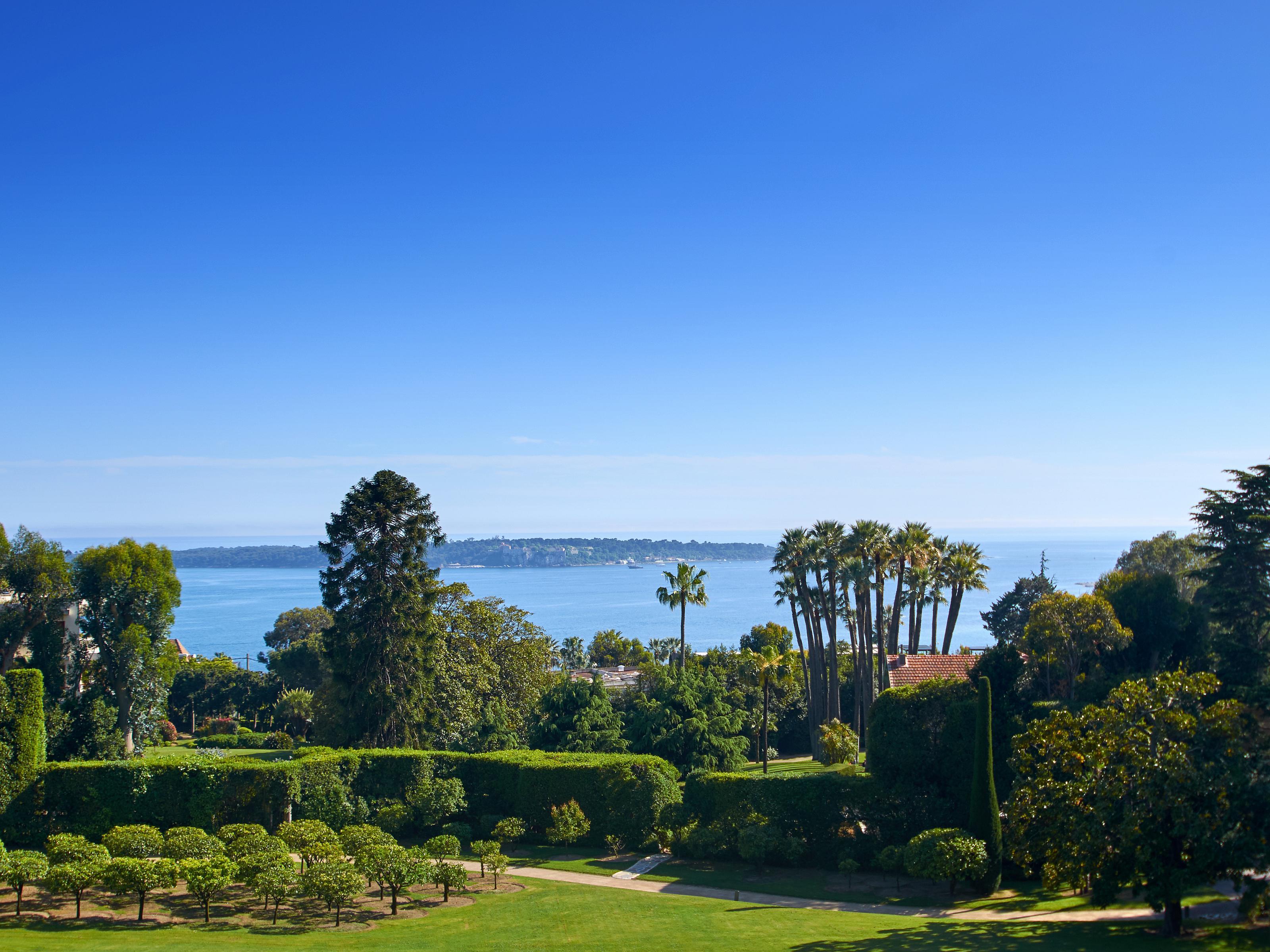Apartman Dairesi için Satış at 4 roomed apartment with sea views - Cannes Californie Cannes, Provence-Alpes-Cote D'Azur 06400 Fransa