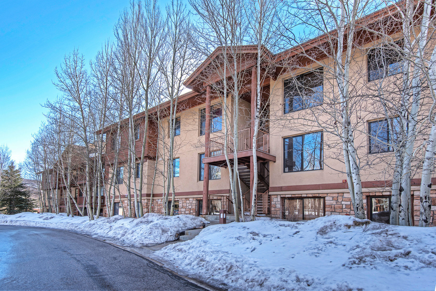 sales property at Bright Three Bedroom Unit with Mountain Views