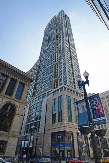 共管式独立产权公寓 为 销售 在 Stunning Contemporary Condo 130 North Garland Court Unit 1001 Loop, Chicago, 伊利诺斯州 60602 美国