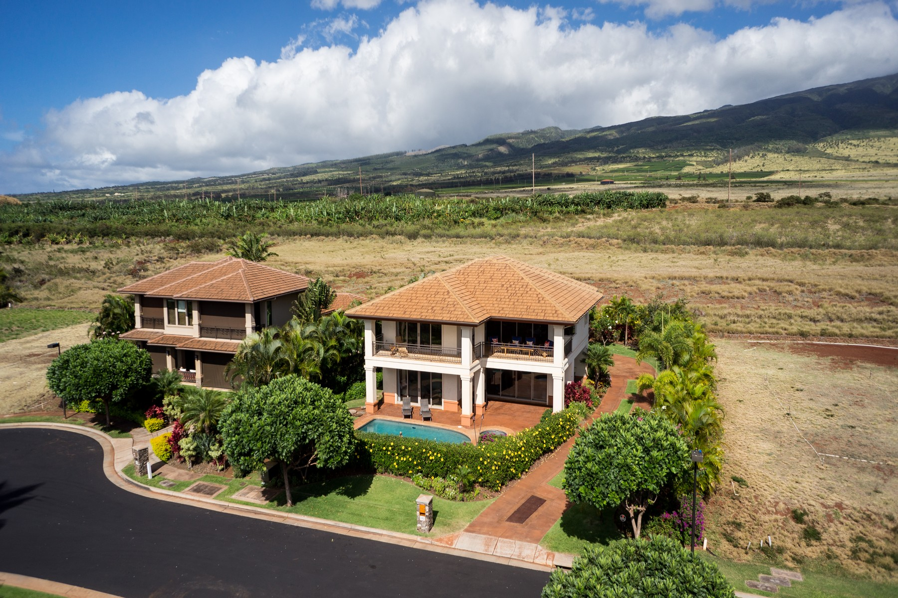 Single Family Home for Sale at Ka'anapali Resort Relaxed, Island Style Living 183 Welau Way Lahaina, Hawaii 96761 United States