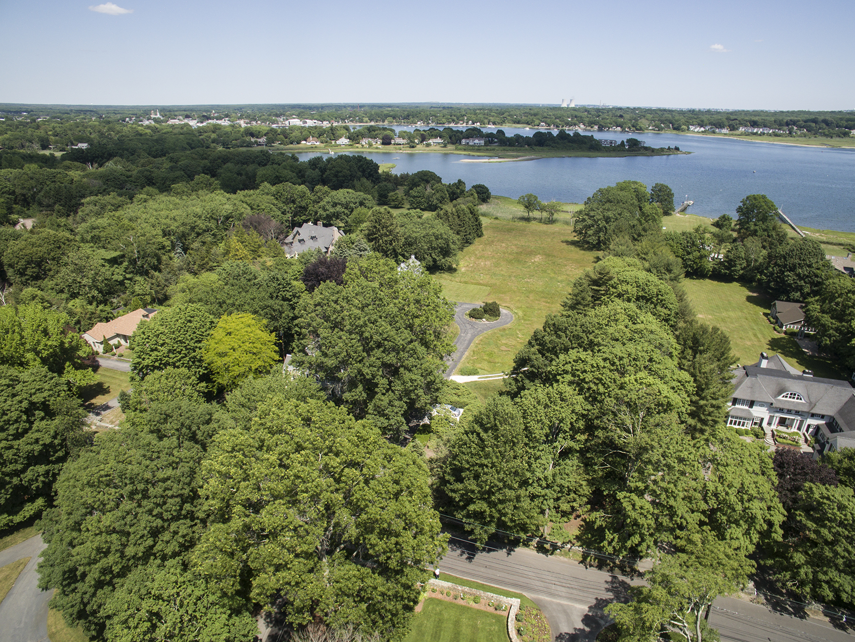 Additional photo for property listing at Rumstick Point Waterfront 280 Rumstick Road Barrington, Rhode Island 02806 United States
