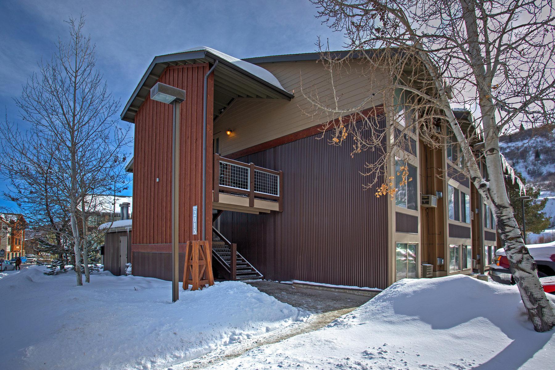 Condominio per Vendita alle ore Ideal Investment Property 2015 Prospector Sq #122 Park City, Utah 84060 Stati Uniti