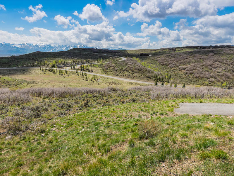 Terrain pour l Vente à 1.59 Acres on Downhill Lot With View of Ski Mountain 9130 Golden Spike Ct Park City, Utah 84098 États-Unis