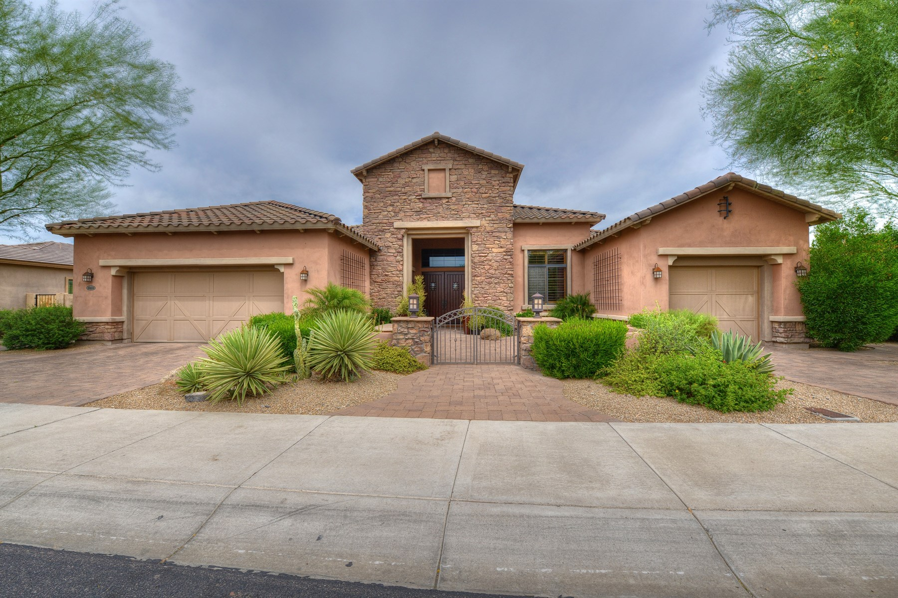 Single Family Home for Sale at Dramatic and highly upgraded single level home at Windgate Ranch 10026 E Ridgerunner Dr Scottsdale, Arizona 85255 United States