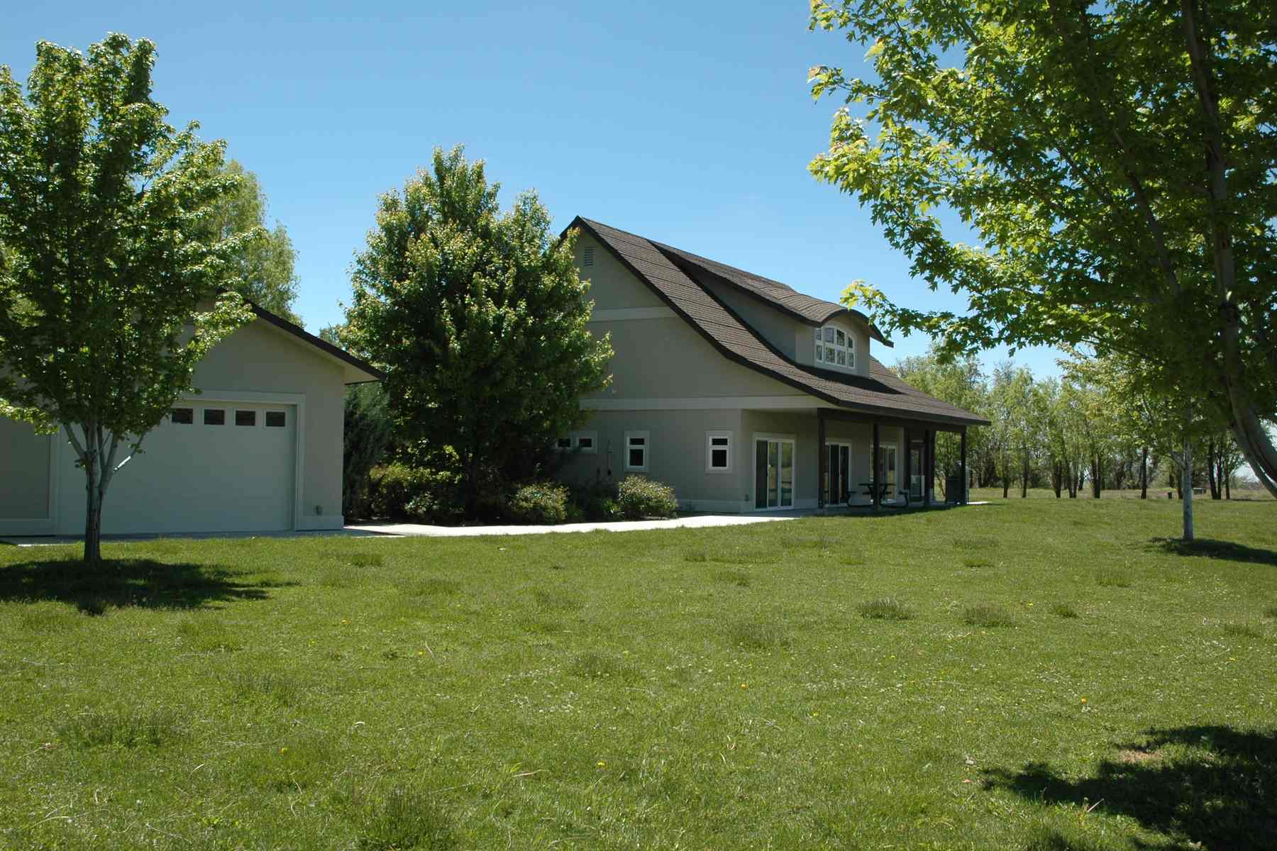 sales property at Black Butte Ranch Home