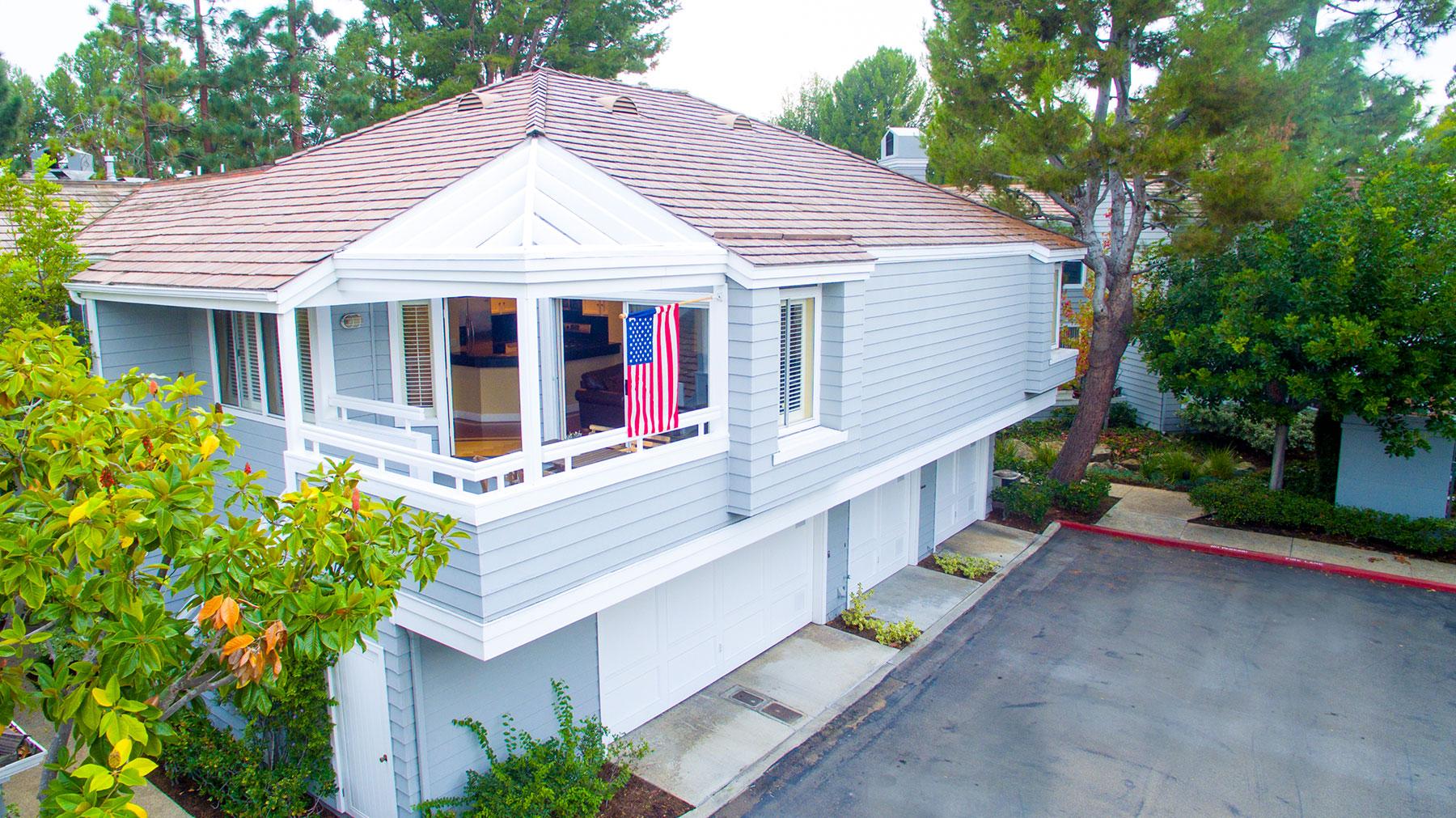 Condomínio para Venda às 279 Haverfield Newport Beach, Califórnia, 92660 Estados Unidos