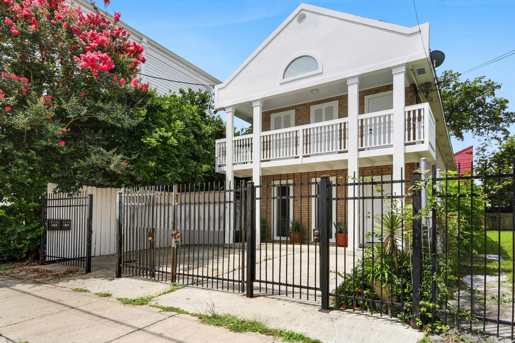Duplex for Sale at 1714-16 First St New Orleans, Louisiana 70113 United States