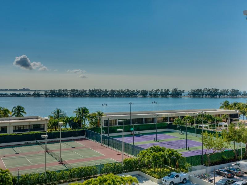 Condominium for Sale at 1901 Brickell Ave #B705 Miami, Florida 33129 United States