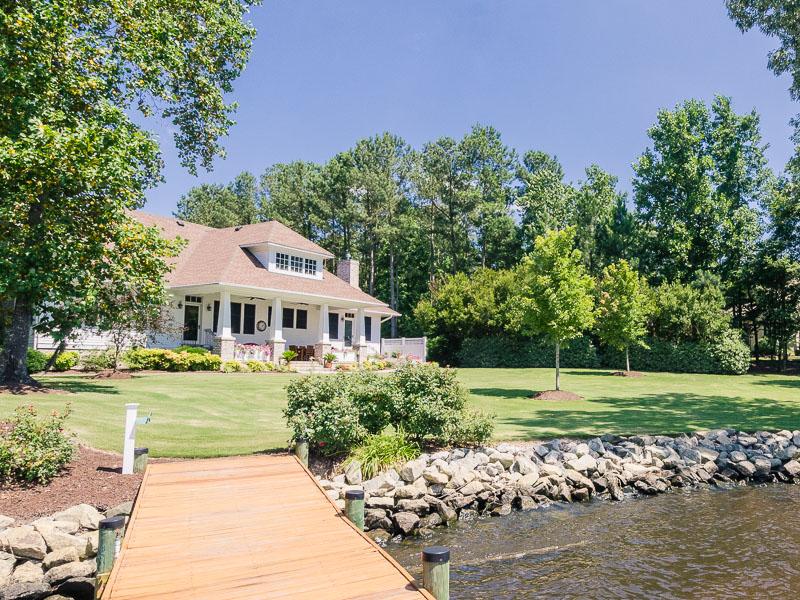 Maison unifamiliale pour l Vente à Low Country Riverfront 347 Suttons Landing Hertford, Carolina Du Nord 27944 États-Unis