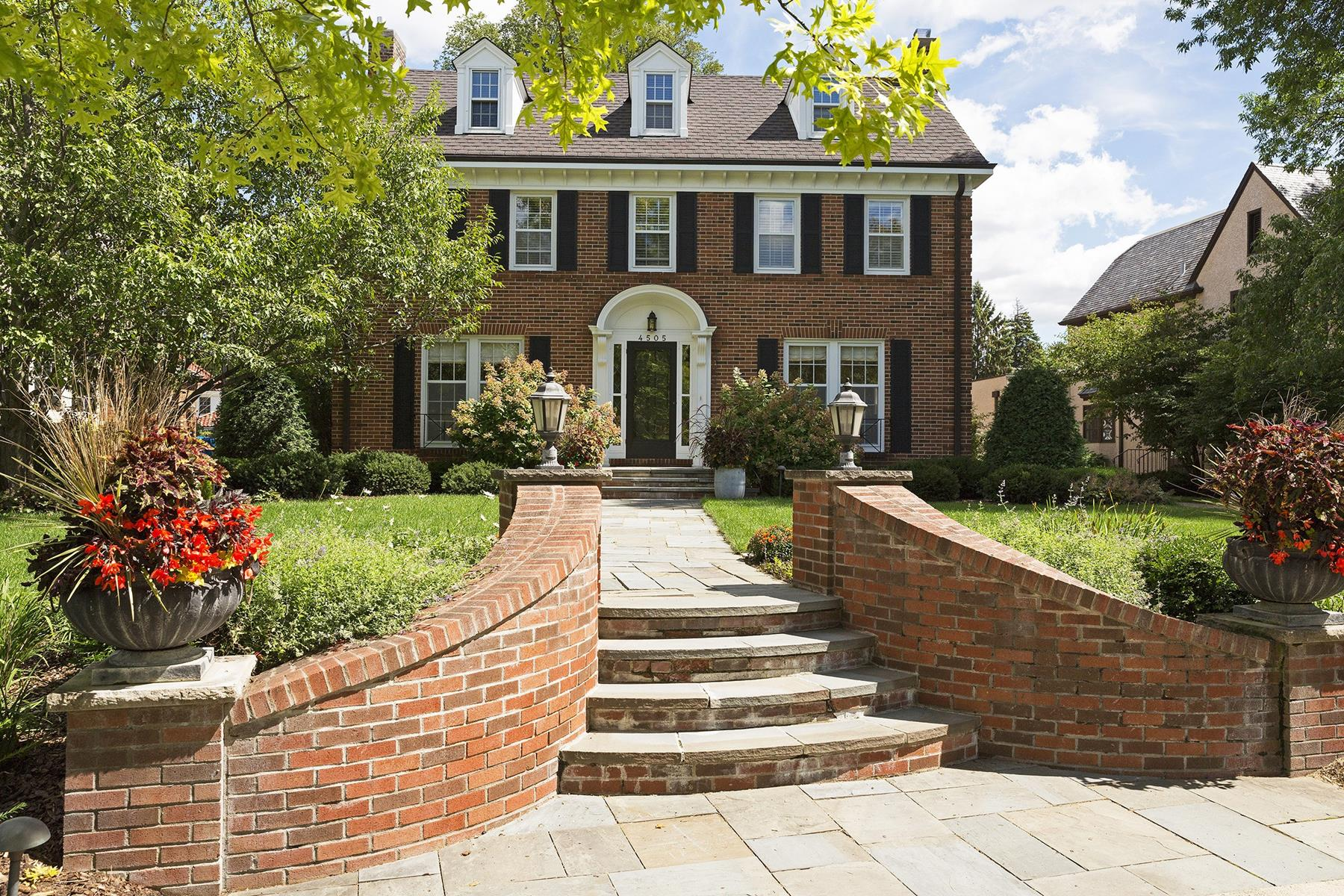 Villa per Vendita alle ore 4505 Edina Boulevard Edina, Minnesota, 55424 Stati Uniti