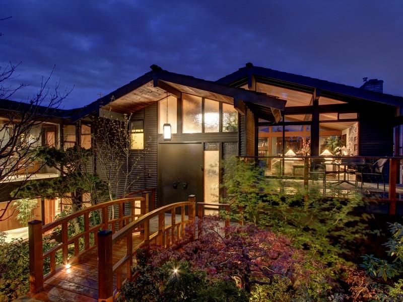 단독 가정 주택 용 매매 에 Ni Taki House 5634 39th Ave W Seattle, 워싱톤 98199 미국