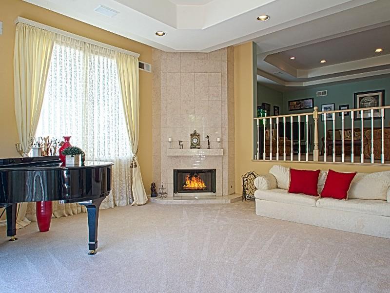 Maison unifamiliale pour l Vente à 3510 Dixie Canyon Pl Sherman Oaks, Californie 91423 États-Unis