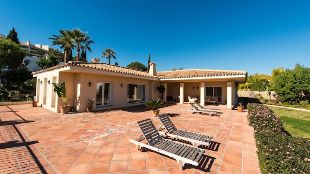 Single Family Home for Sale at Lovely renovated villa in the heart of the golf valley Las Brisas Other Spain, Other Areas In Spain 29660 Spain