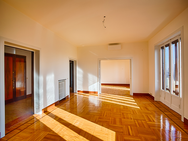 Additional photo for property listing at Exclusivfe renovated apartament Piazzale Principessa Clotilde Milano, Milan 20121 Italy