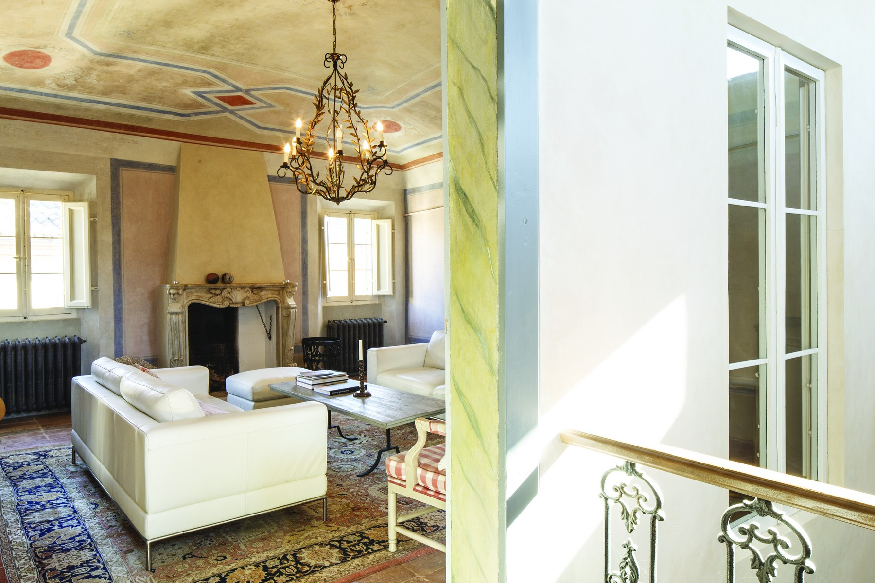 Additional photo for property listing at Scattolari Palace, Mondaino Via Roma Mondaino, Rimini 47836 Italia